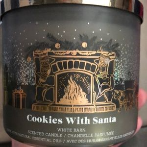 NWT Bath and Body Works Cookies with Santa 🎅 3 Wick Candle